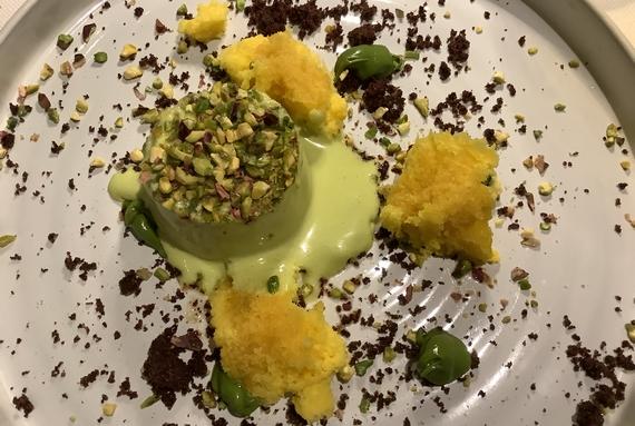 semifreddo di mandorle ed amaretto di Saronno con crema al pistacchio di bronte