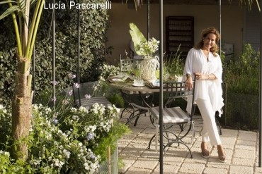 Donna coraly resort lucia pascarelli 570 txt